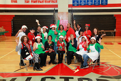 LINKS Christmas Pontiac Middle School 2018