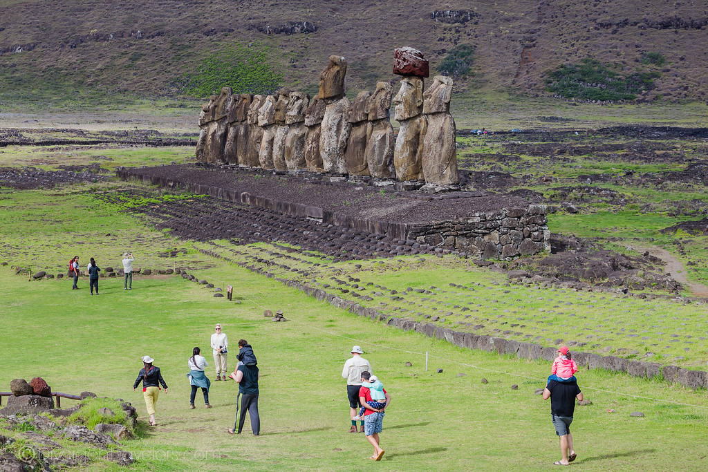 Tours you cannot miss on Easter Island