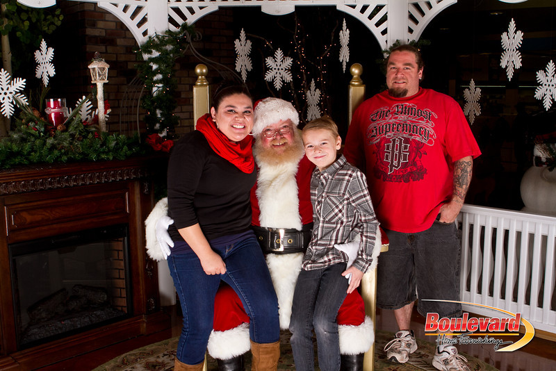 Santa Dec 15-194.jpg