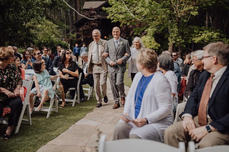 2018-05-12_ROEDER_JulieSeth_Wedding_ROEDER1_0079.jpg