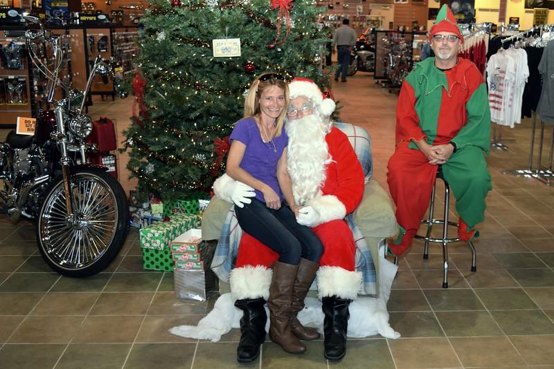 2014 Santa Visits J&P Cycles Florida Superstore (33).JPG
