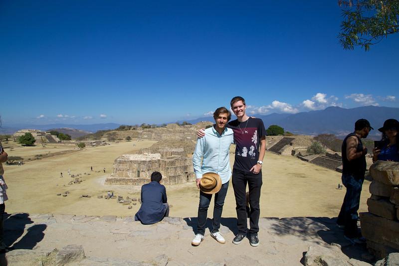 Roewe_Mexico 43.jpg