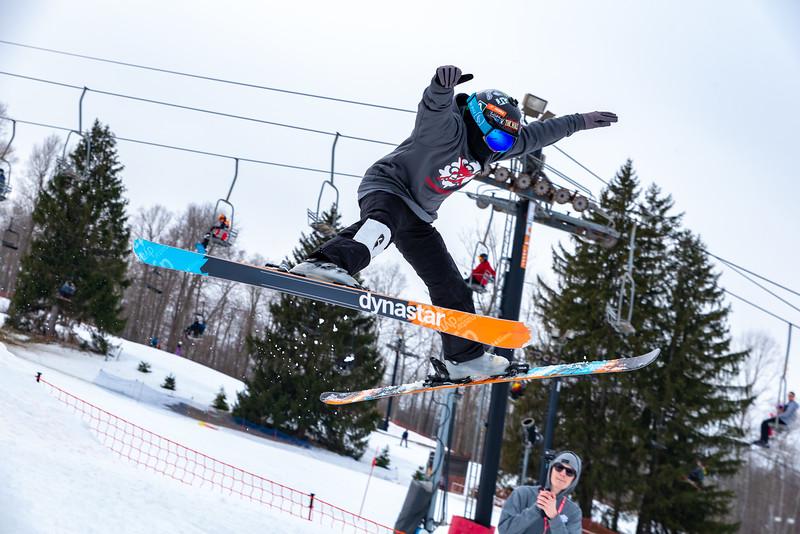 Mini-Big-Air-2019_Snow-Trails-76856.jpg
