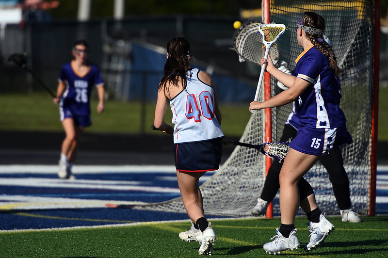girls_lacrosse_2395.jpg