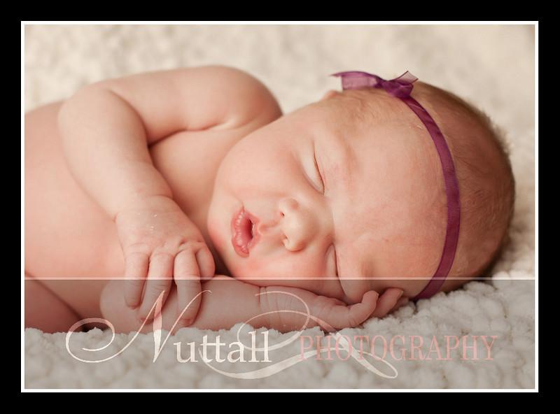 London Newborn-16.jpg