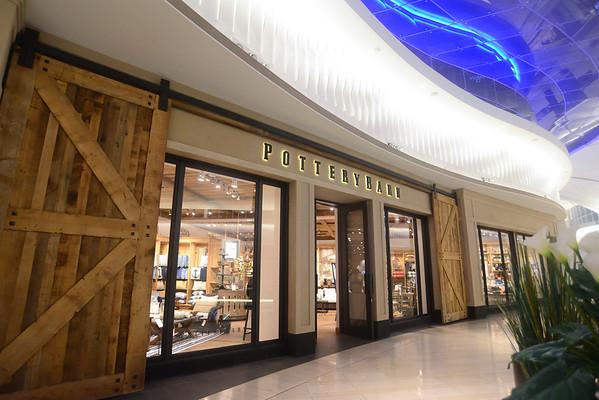 Excibicion Arte Dr Soto Mall of San Juan