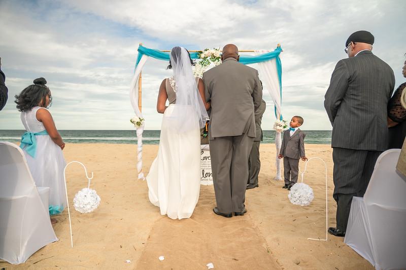 VBWC BRYA 10192019 Sandbridge Wedding #57 (C) Robert Hamm.jpg