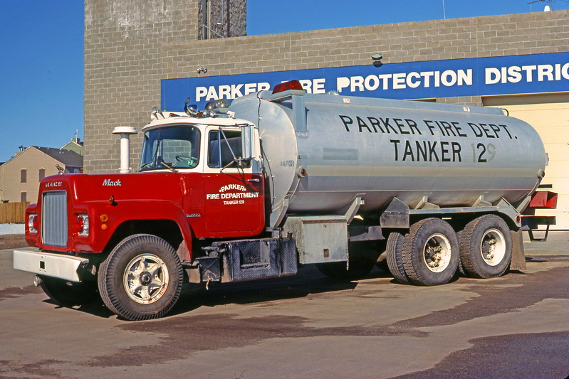 PARKER CO TK 002 68 MACK R ONNEN R685-ST-3369_ShaunRyan.JPG