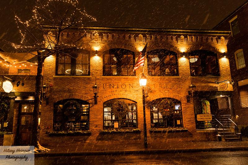 Snowy old town-169.jpg