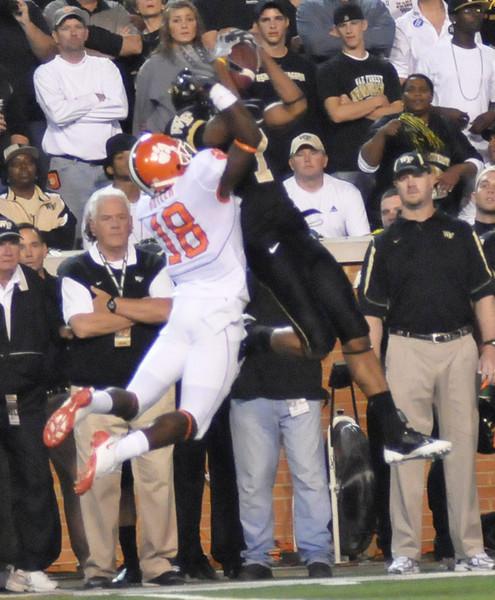 J Williams catch.jpg
