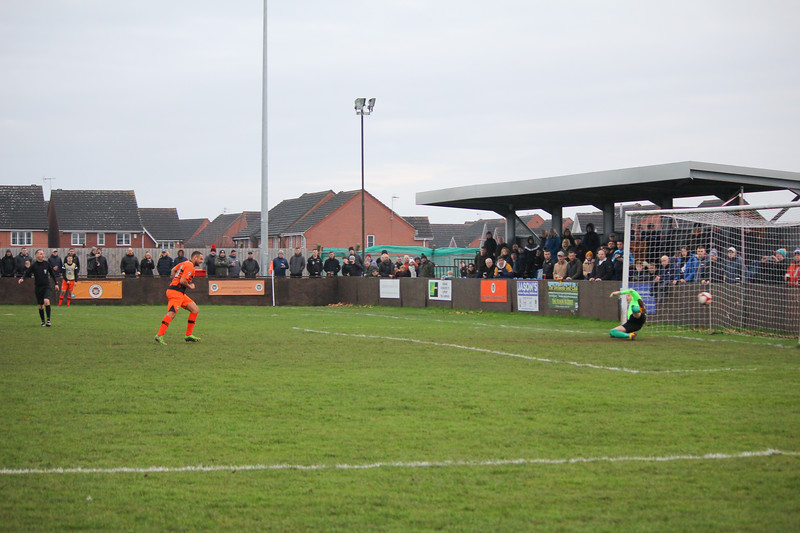Ben Hutchinson score from the penalty spot 260120PN8-1