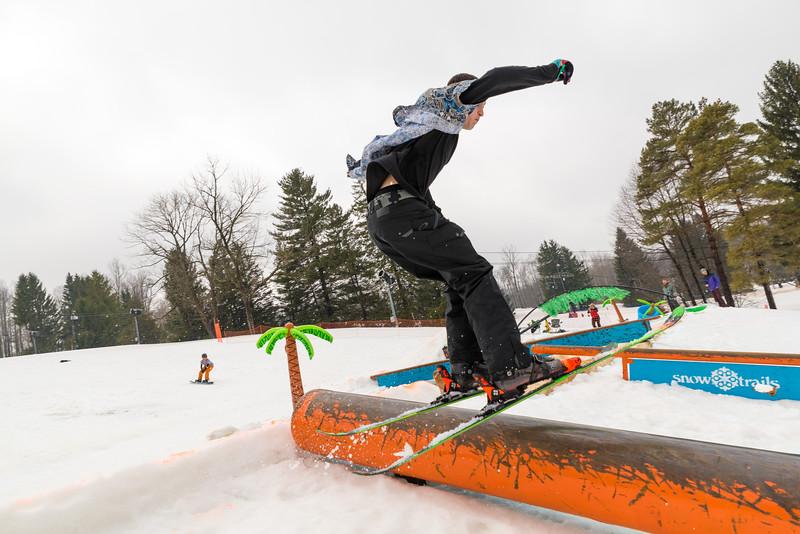 Pool-Party-Jam-2015_Snow-Trails-863.jpg