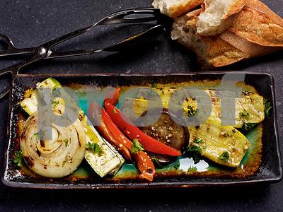 grilling-recipes-antipasti-brisket-and-rotisserie-chicken