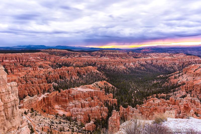 Atardecer en Bryce Canyon / Sunset in Bryce Canyon