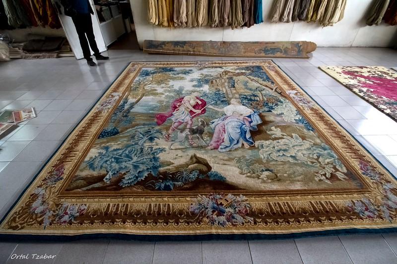 שטיח מקלאסיקה מודרנית.jpg