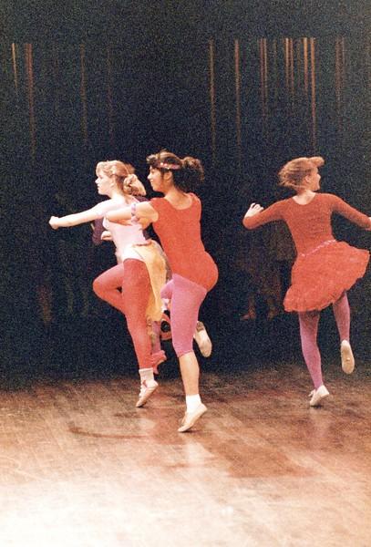 Dance_0381_a.jpg