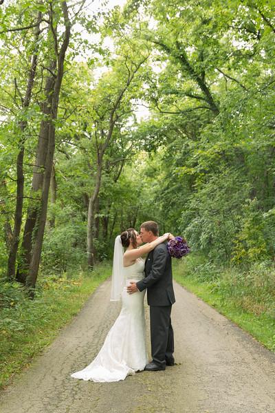 Rockford-il-Kilbuck-Creek-Wedding-PhotographerRockford-il-Kilbuck-Creek-Wedding-Photographer_G1A3206.jpg