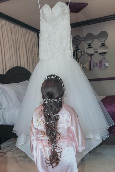 01 Bridal Prep-52.jpg