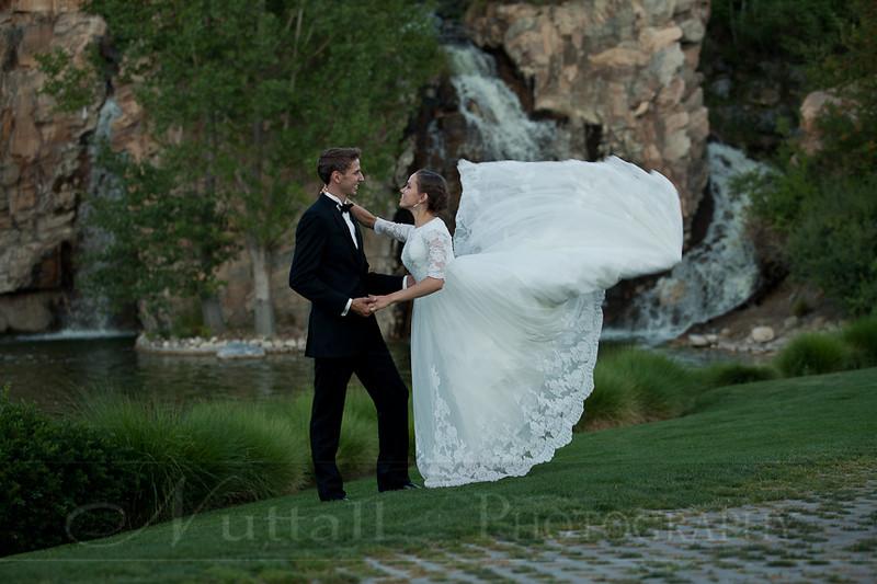 M & M Bridals-444.jpg