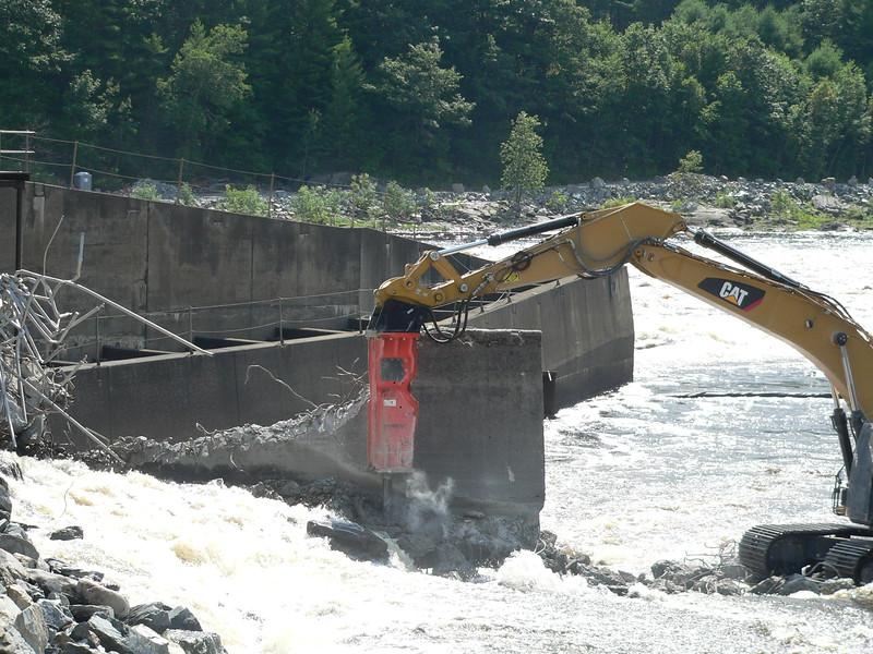 NPK GH23 hydraulic hammer on CAT excavator Maine Dam Demolition (1).JPG