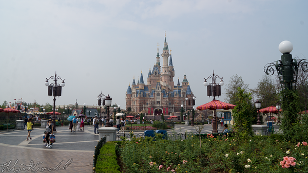 Shanghai Disneyland, Shanghai, Disneyland, Enchanted Storybook Castle, Gardens of Imagination, Gardens, Imagination