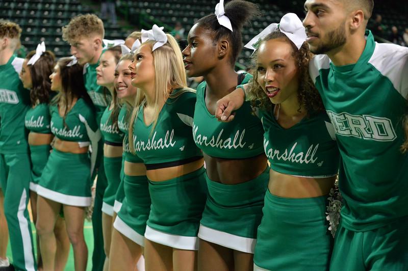 cheerleaders9059.jpg