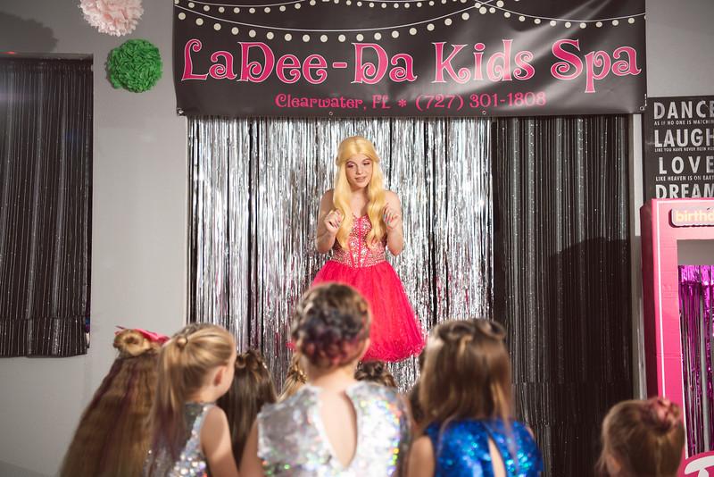 2020-0104-delaney-barbie-party-119.jpg