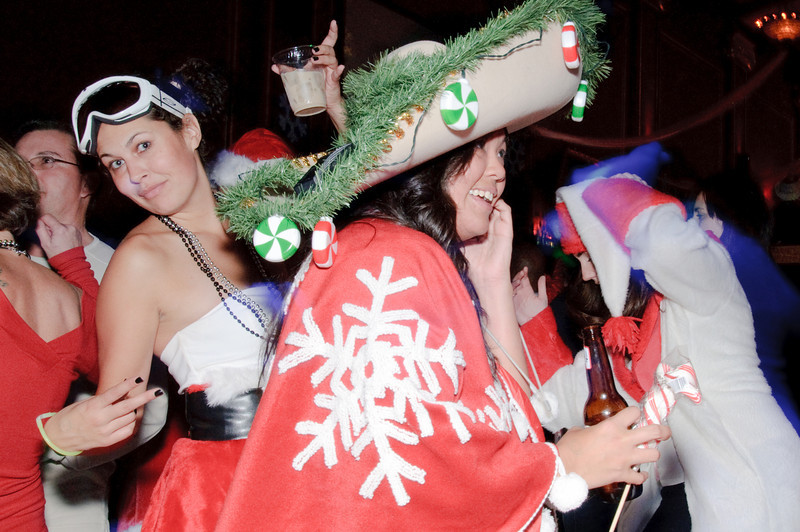 2009 ALS Santa Crawl-185.jpg