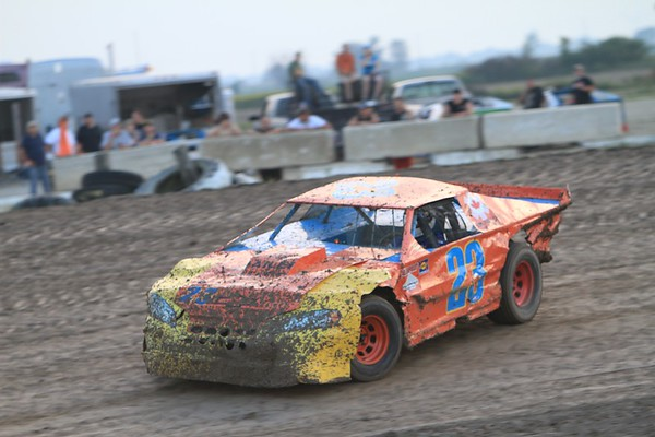 South Buxton Raceway, Merlin, ON, September 3, 2011