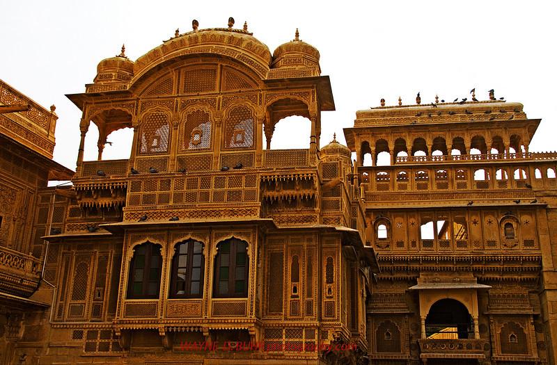 INDIA2010-0208A-105A.jpg