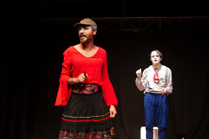 Allan Bravos - essenCIA Teatro - Persona 07-109.jpg