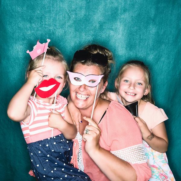 aubrey-babyshower-June-2016-photobooth-40.jpg