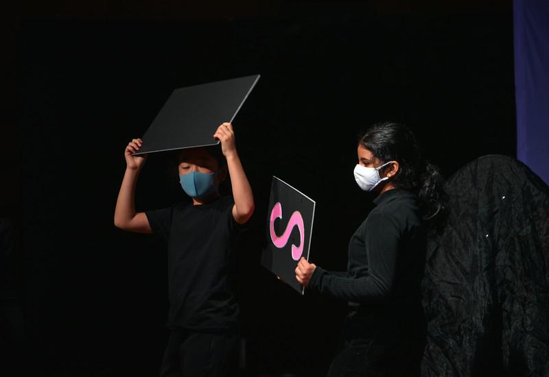 Gr. 5 SDG Artistic Expression-7393.jpg