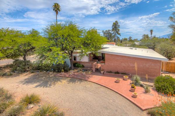 For Sale 401 S. Brighton Ln., Tucson, AZ 85711