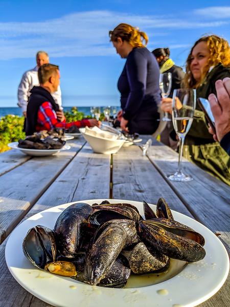stellar beach feast green thai mussels-2.jpg