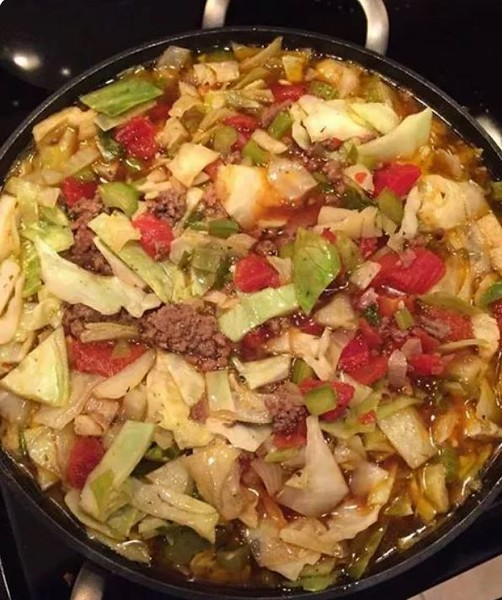 Cabbage Soup with Hamburger