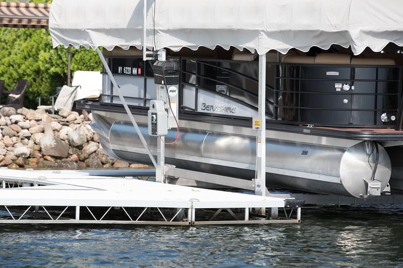 Boat1056.jpg