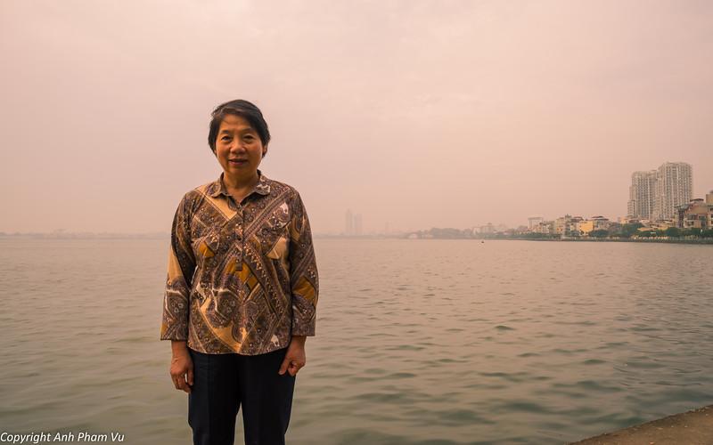 Hanoi Sunrise October 2014 173.jpg