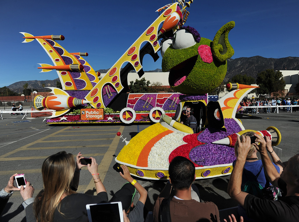 . The Public Storage float puts on a show for the crowd. The 125th Rose Parade\'s Showcase of Floats was staged on Sierra Madre Boulevard between Washington Boulevard and Sierra Madre Villa Avenue, and Washington Boulevard between Sierra Madre Boulevard and Woodlyn Road.  Pasadena, CA January 1, 2014.(John McCoy/Los Angeles Daily News)