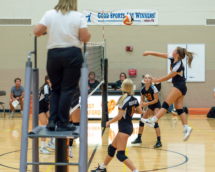 NRMS vs ERMS 8th Grade Volleyball 9.18.19-4987.jpg