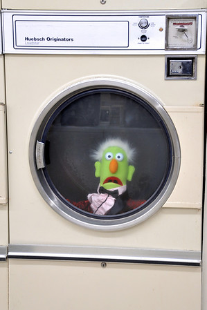Alanna and Howie at the Laundromat