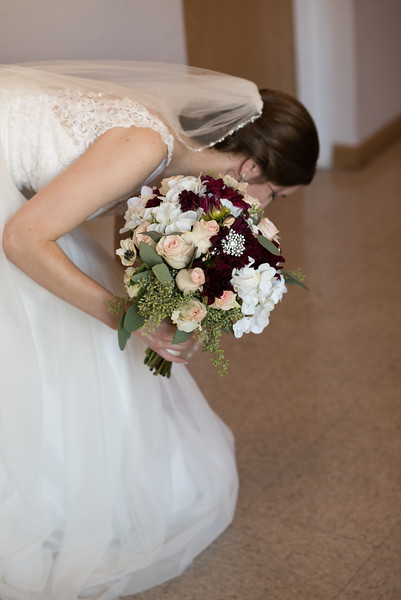 Drew and Taylor - Before the Ceremony  (204 of 216).jpg