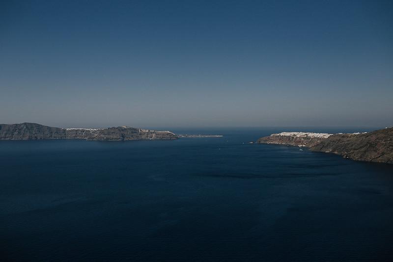 Tu-Nguyen-Destination-Wedding-Photographer-Santorini-Rocabella-Hotel-Euna-Ehsan-89.jpg