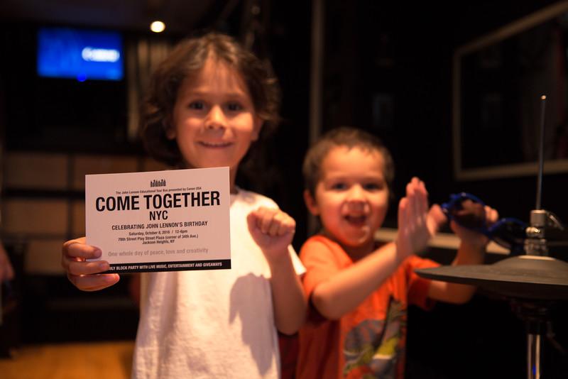 2016_09_17, Lincoln Center, Manhattan, NY, Bus, Interior, Come Together NYC