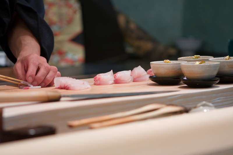 Hiro preparing the red snapper for sashimi.