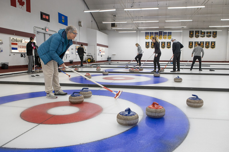 20200223-Nixx Photography Curling for Canines High Res-27.jpg
