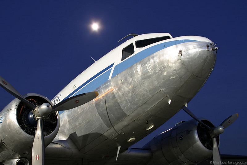 HB-ISB DC-3C Classic Air @ Bern Switzerland 11Jun03