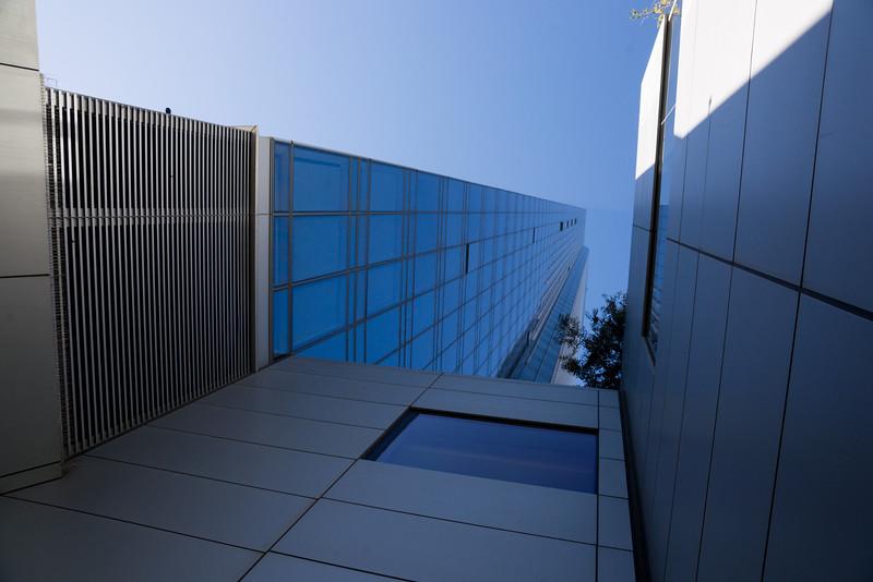 301 Mission Street - Exterior