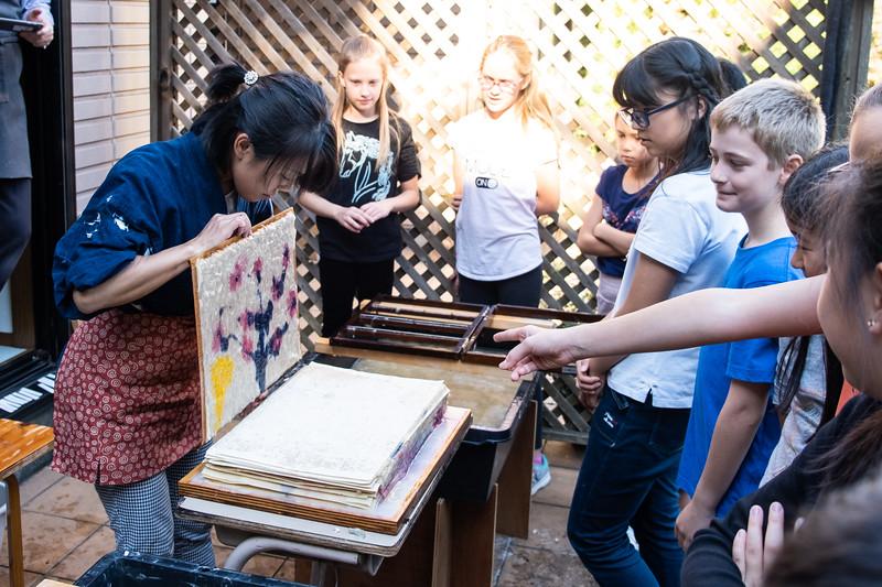 Grade 5 Visiting Artist-Washi Paper-DSCF4754-2018-19.jpg