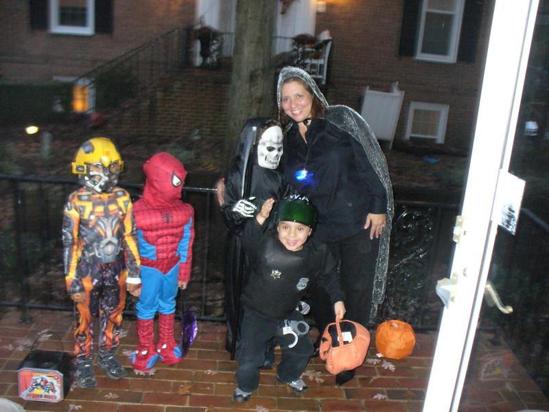 Halloween 2009-1.jpg